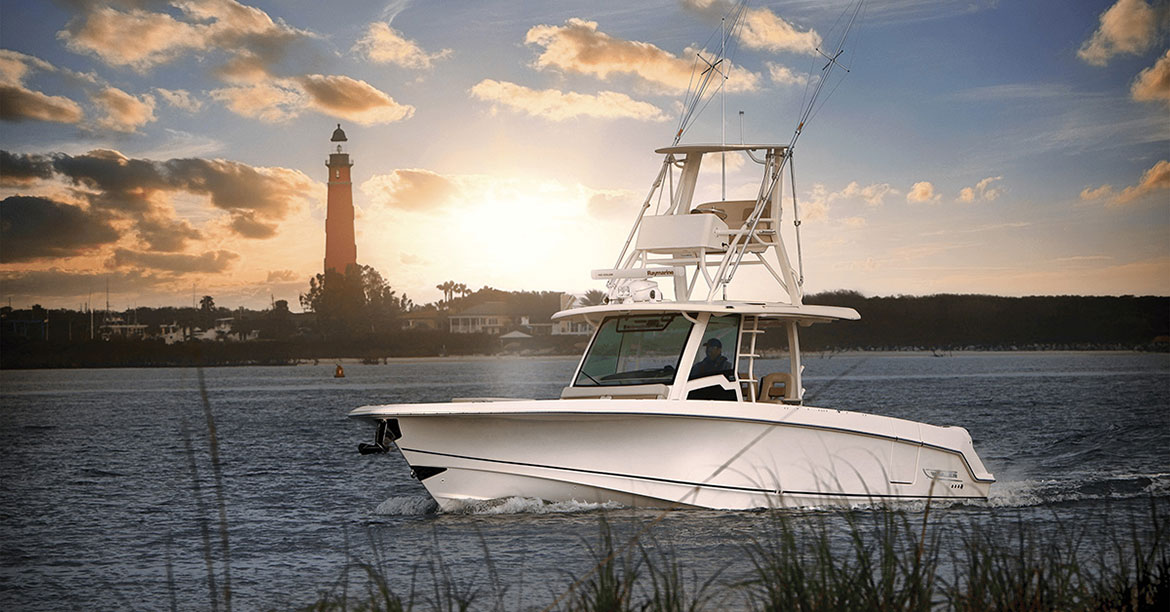 Raymarine DockSense Alert Technology to be Available on Select 2021 Boston Whaler Boat Models   | Raymarine - A Brand by FLIR
